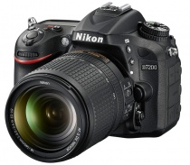 Nikon D7200 kit (Nikkor 18-140mm f/3.5-5.6G VR AF-S DX)